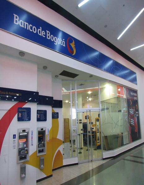 Banco de bogota centro comercial portal 80 for Banco de bogota